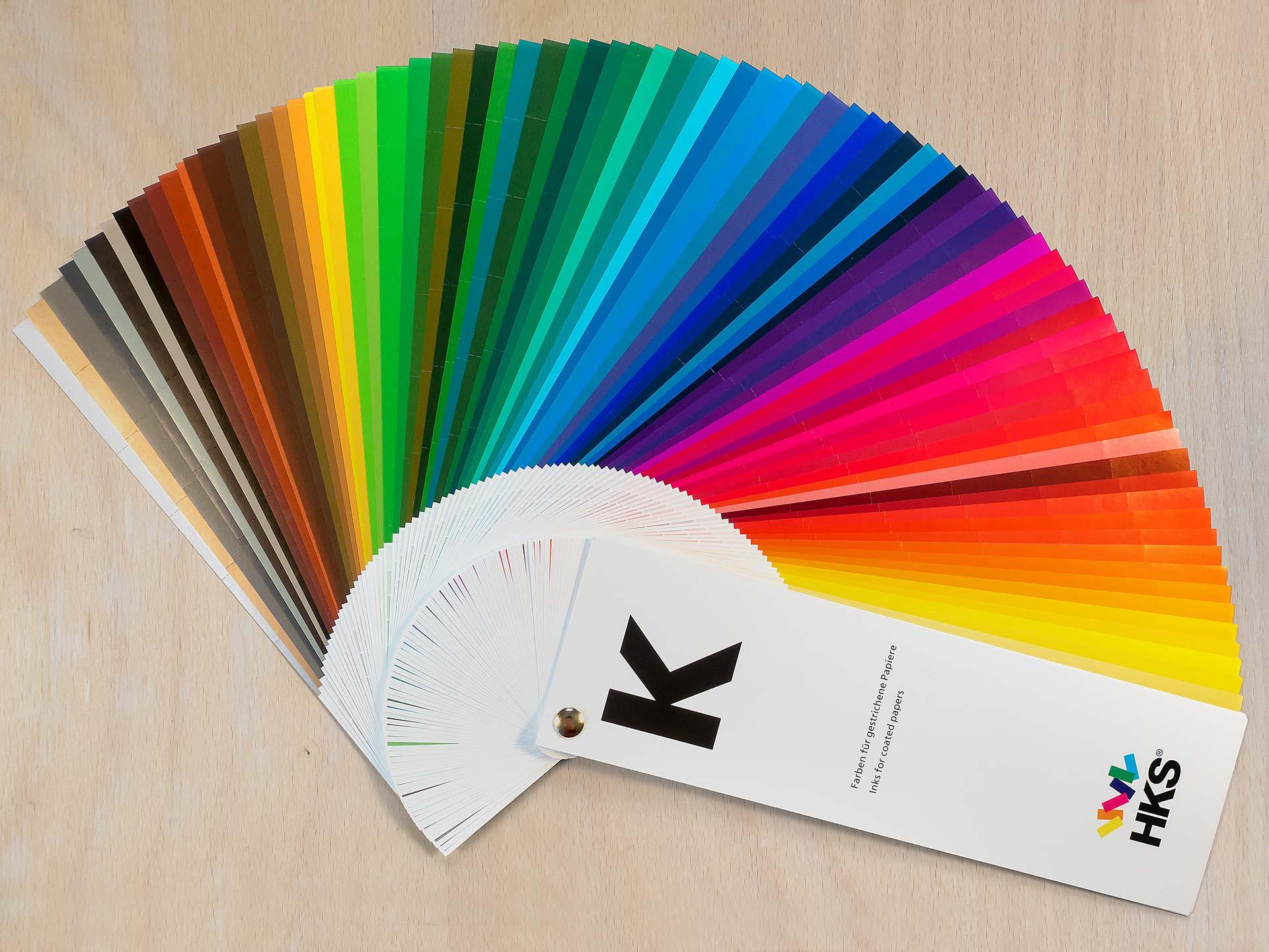 Sonderfarben für den Druck: HKS-K-Farbfächer mit 88 Farben