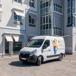 Elekrikermobil - Das Fahrzeug der elektroHeld GmbH mit individueller Beklebung