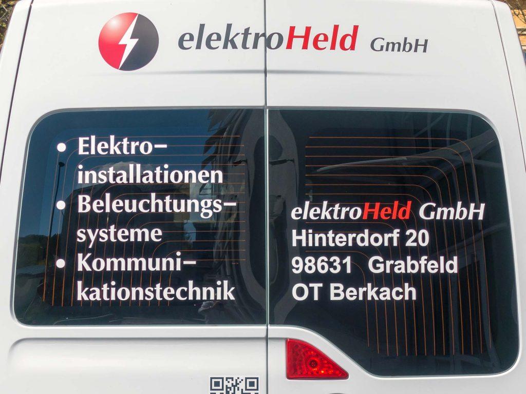 Detail Heckansicht Fahrzeugbeklebung elektroHeld